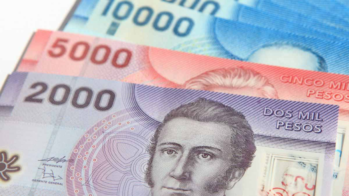 Chilean Peso Continues To Fall Due